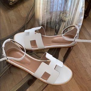 hermès Santorini sandal